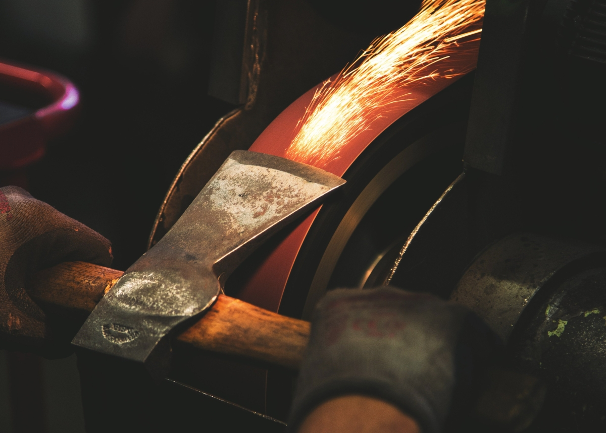 Proverbs 27:17 - How Does Iron Sharpen Iron?